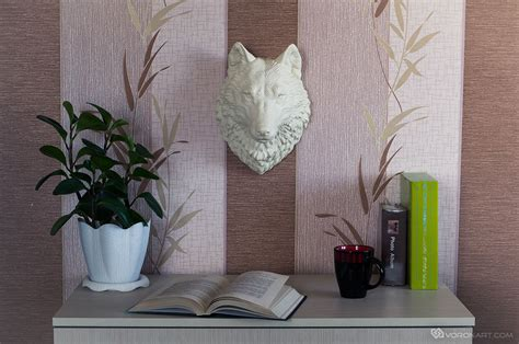 Taxidermy Home Decor: Wolf Head Animal Faux Taxidermy Wall-mounted Sculpture