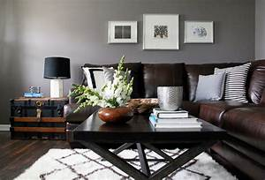 Grey and brown living room modern house for Living room with grey walls and brown couch