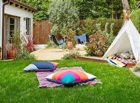 gambar taman kecil belakang rumah bisa dimanfaatkan