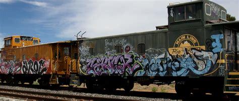 Graffiti Train : Unmoving Trains That Move Me (1 Of 2)