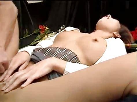 Colegiala Japonesa Se Divierte Con El Sexo Porndroids