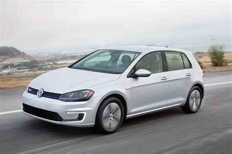 golf volkswagen 2016 volkswagen e golf touch debuts at ces 2016