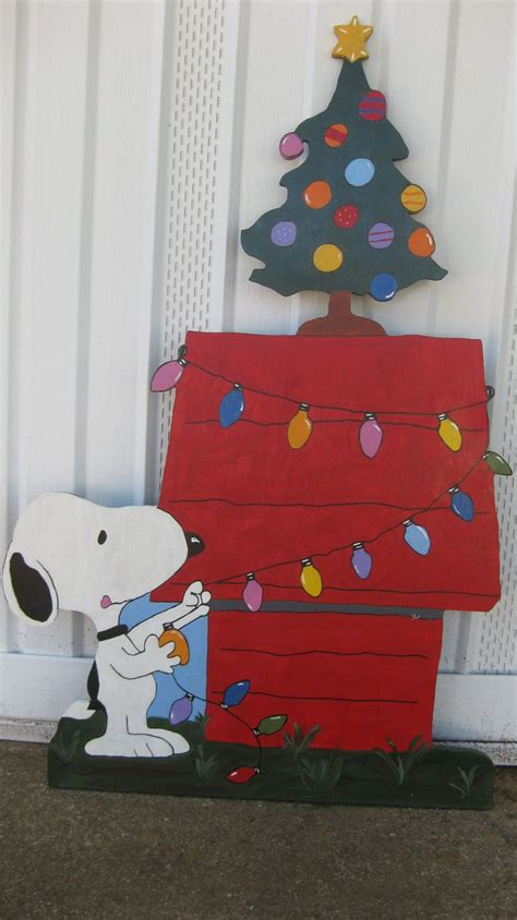 snoopy christmas ft tall   etsy snoopy