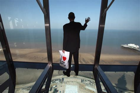 Top Picture by 15 Stopping Skywalks That Will Turn Your Legs To