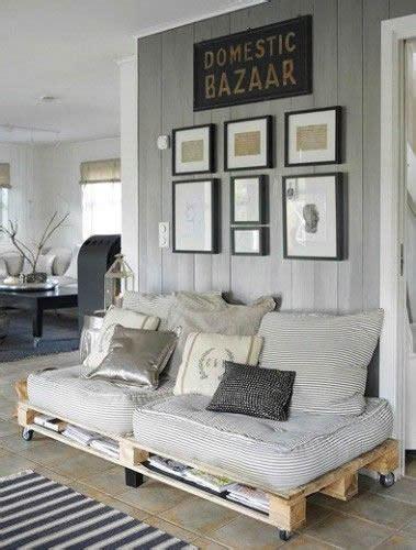 decorar sofa velho 12 ideias giras para decorar paletes de madeira a