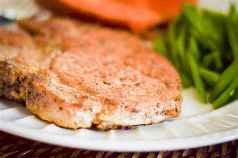 There are 130 calories in 4 oz (112 g) of kroger boneless pork loin center cut chops. boneless pork loin chops baked
