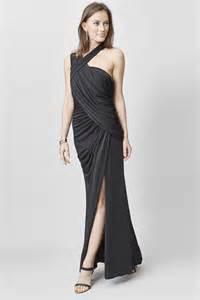 robe longue mariage one shoulder dress c 39 est ma robe