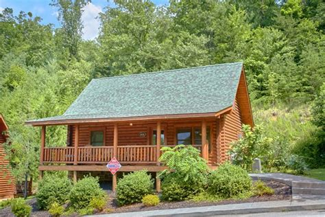 wears valley tn cabin rentals gatlinburg area cabin in wears valley smoky mountain ridge