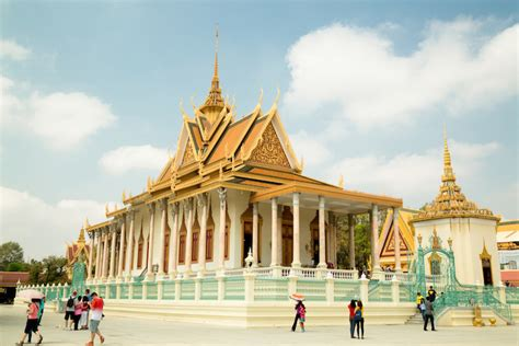 10 Top Tourist Attractions In Cambodia (with Photos & Map