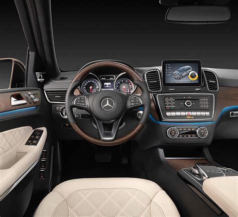 The new Mercedes-Benz GLS: the S-Class among SUVs ...