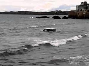 Video De Sexisme Dans Une Voiture : voiture dans l 39 eau la mer st malo plage de rochebonne le 24 05 2014 youtube ~ Medecine-chirurgie-esthetiques.com Avis de Voitures