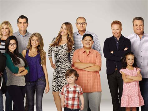 Modern Family Cocreator Confirms How Show Will End, Says