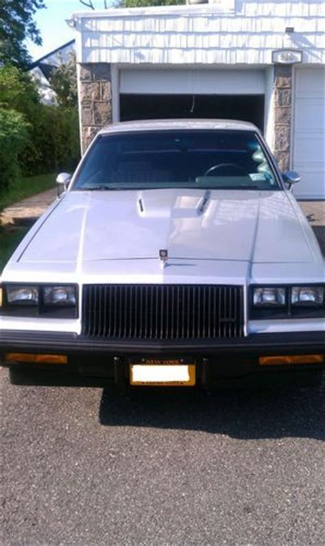 buy   buick regal   miles  grafton wisconsin united states