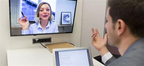 Cómo realizar una vídeo entrevista de trabajo con éxito