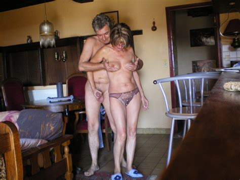 Mature Couple Horny Outdoor03 In Gallery Mature
