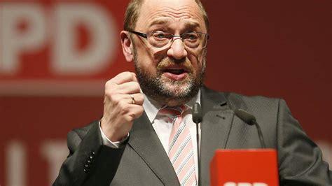 Armin laschet oder markus söder? Kanzlerkandidat Schulz lässt SPD in Umfrage hochschiessen ...