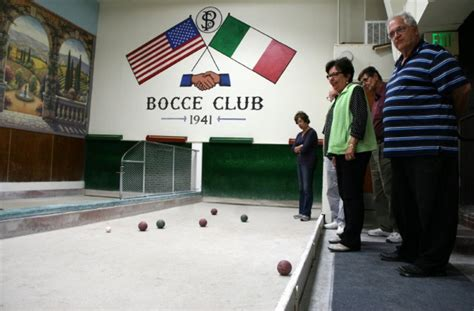 Bocce at Social Clubs Keeps Older Italians Tied to Their ...