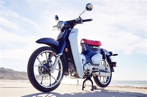 Review Honda Cub C125 by 2019 Honda Cub C125 Abs Review 16 Fast Facts