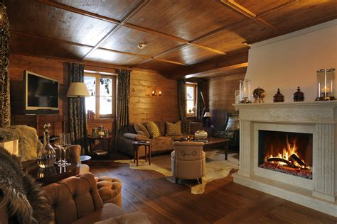 houses with fireplaces 17 gorgeous fireplaces you ll totally swoon