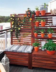 Balkon Sichtschutz Diy : sitzbank sichtschutz und pflanzenst nder in einem balkonien pinterest sitzbank ~ Whattoseeinmadrid.com Haus und Dekorationen