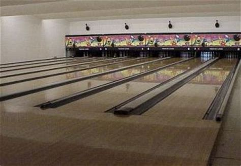 Base Kodiak  Mwr Division  Tsunami Lanes Bowling Center
