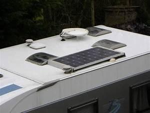 Panneau Solaire Pour Camping Car Monocristallin : g n ralit s sur les panneaux solaires pour camping car solaire guide ~ Nature-et-papiers.com Idées de Décoration