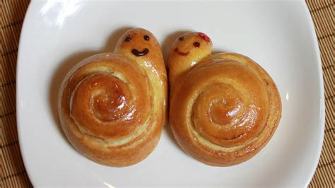 how to bake how to bake sweet snail bread step by step diy tutorial instructions how to instructions