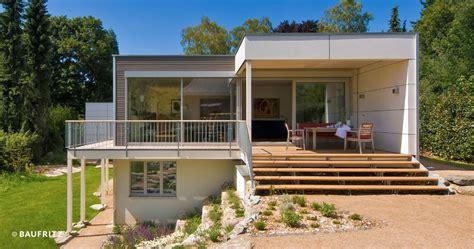 bungalow jakob von baufritz bungalow mit einliegerwohnung