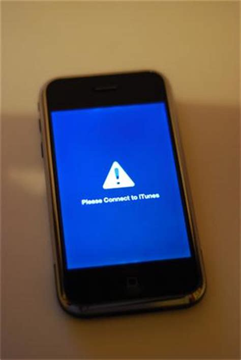 iphone stuck in recovery mode solved iphone stuck in recovery mode how to fix ios