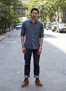 Which colour shoes should I wear with navy blue blazer white shirt and ligh blue jeans? - Quora