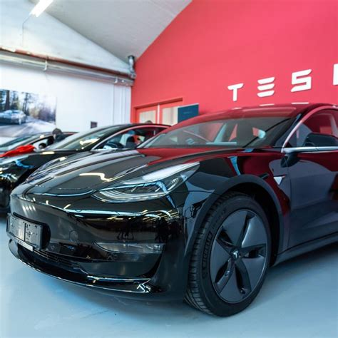 Download How Much Is The Cheapest Tesla Car PNG