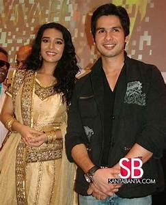 Vivah Press Meet -- Amrita Rao and Shahid Kapoor Picture ...