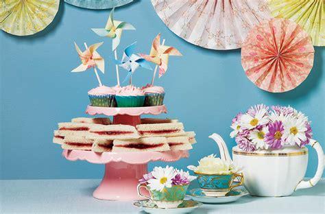 fun indoor birthday party themes  kids todays parent