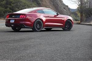 GirlsDriveFastToo | 2015 Ford Mustang GT Coupe Premium Review