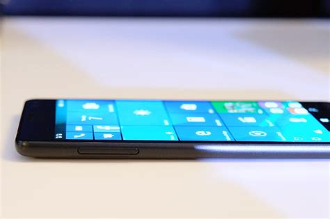 hp elite x3 vs lumia 950 xl a battle to become the king