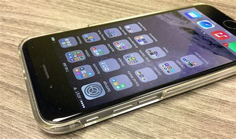 iphone screen turns on by itself the iphone screen that heals itself this protector