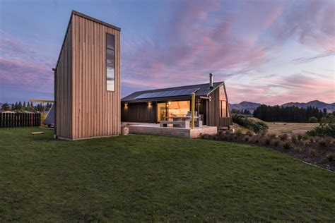 House For A Family In New Zealand by The Bach Family House In New Zealand Was Made For