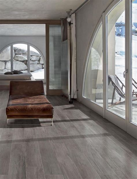 wood  ceramic tiles  increasing popularity  tampa