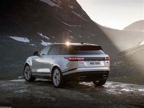 Land Rover Range Rover Velar Picture by Land Rover Range Rover Velar 2018 Picture 70 Of 219