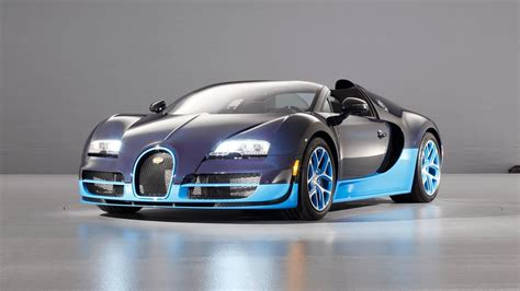 We'll get to that but first, here's a little data to identify the car. Ever thought about the amount it would cost to keep up a Bugatti Veyron? - Auto Moto World