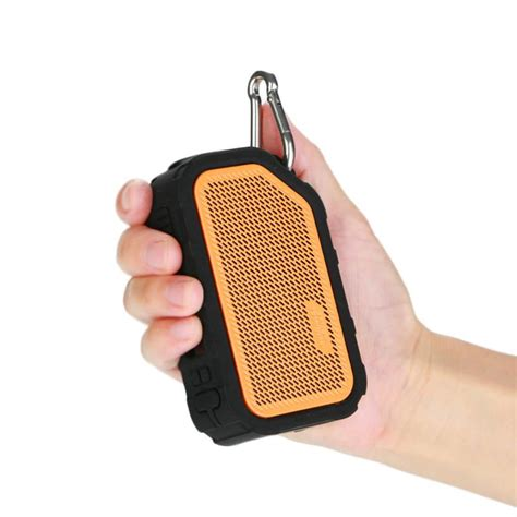Speaker ini tidak lagi membutuhkan kabel untuk disambungkan dengan perangkat lainnya. Box Active Bluetooth Music Waterproof - Enceinte bluetooth / Musique / Résistante à l'eau