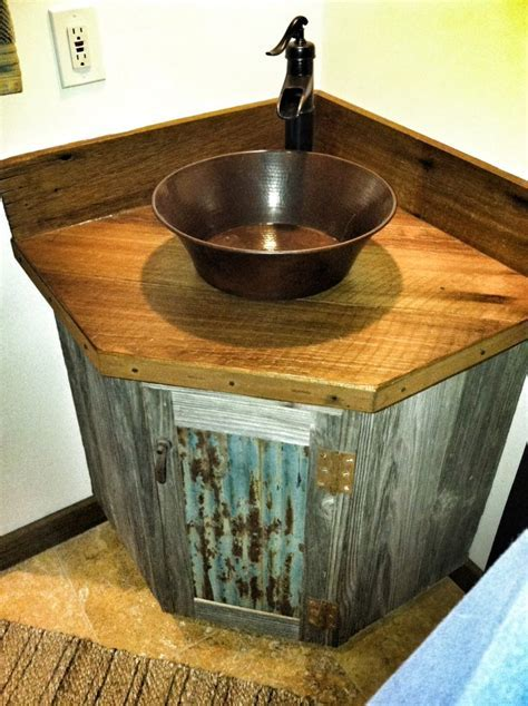 25  best ideas about Rustic bathroom vanities on Pinterest
