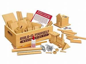 Amazonsmile, Lakeshore, Build