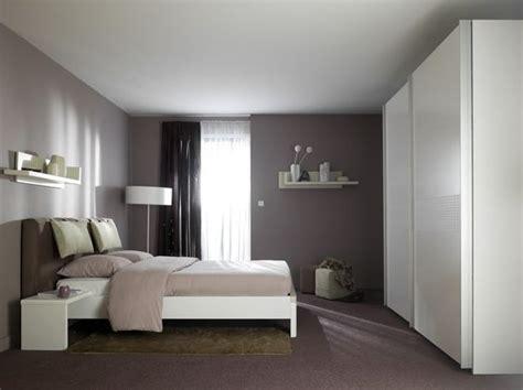 etagere chambre adulte exemple déco chambre adulte cosy comment et chambres