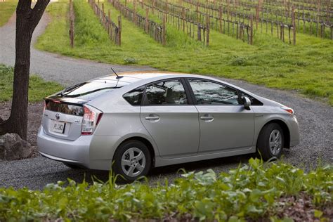 Toyota Brake Recall by Toyota Issues Recall For 242 000 Prius And Lexus Hs 250h