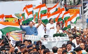 Crowds flock to see Didi in Kolkata during Trinamool ...