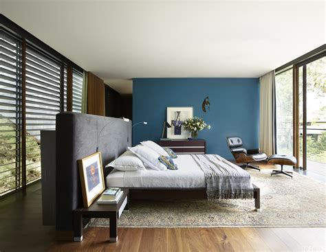 best color to paint a small bedroom trendy small bedroom