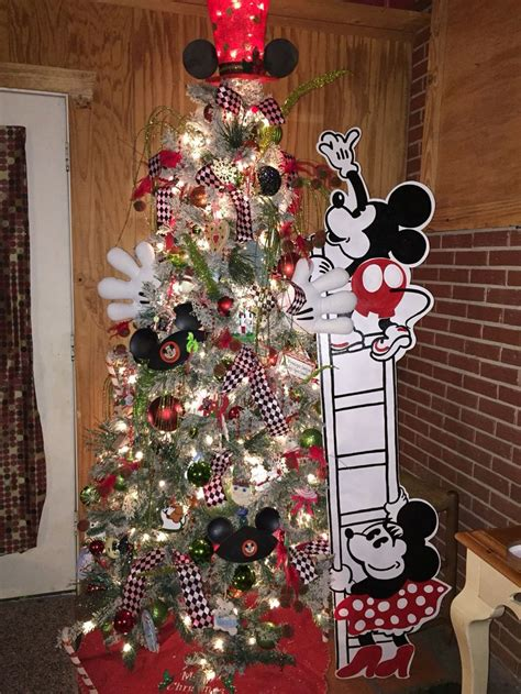 2477 best christmas trees mantels images on pinterest