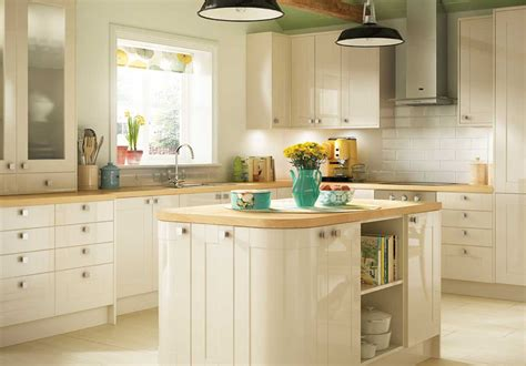 Shaker Style Cabinets Kitchen In Cream Color Home Design