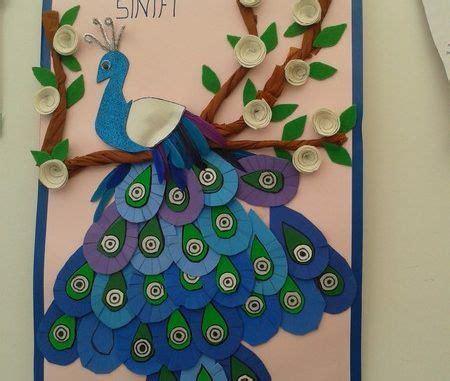 peacock bulletin board idea  kids  muur versieren